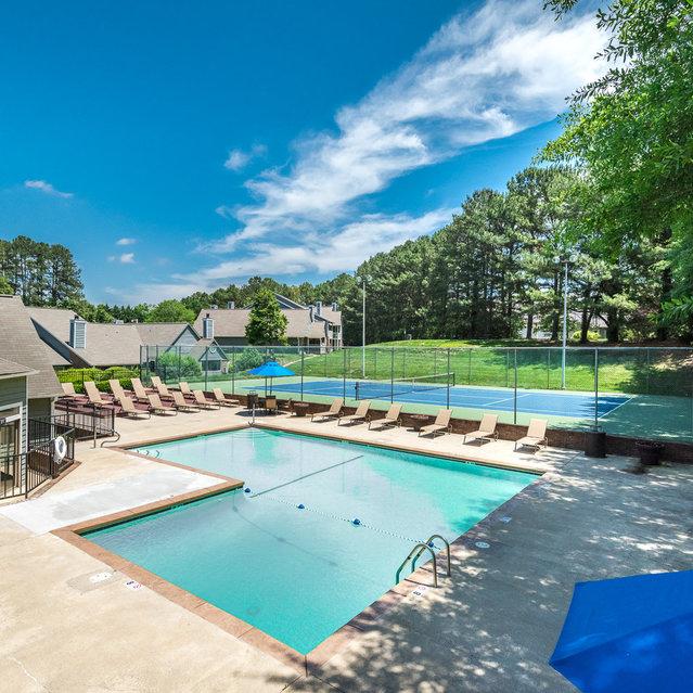 Dogwood Creek Apartments: Carrboro, NC Apartments